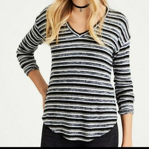 American Eagle Outfitters Soft &Sexy Striped Vneck